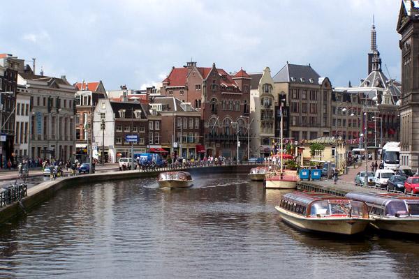 Как поехать самостоятельно в амстердам